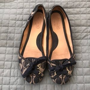 Women's Coach Flats - size 8 - Navy